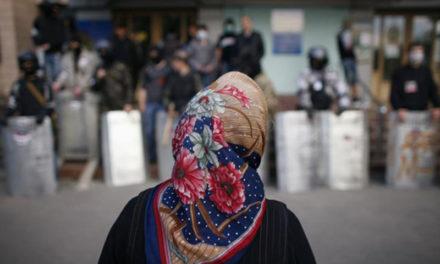 Nadiya torna a Kiev, ma la guerra 'ibrida' continua